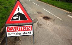 pothole-sign_trans_nvbqzqnjv4bqvionkw4lp6e3vytcbd-hskwjb-qr1jzajfeuvigalc8